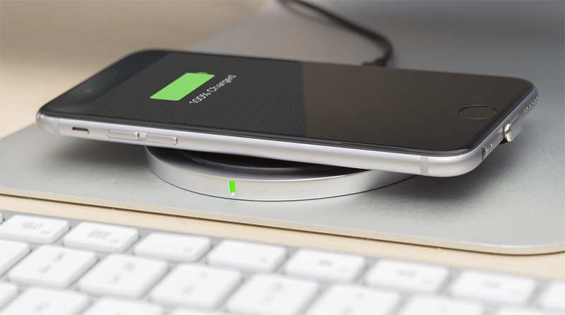 lxury wireless charging set with imac
