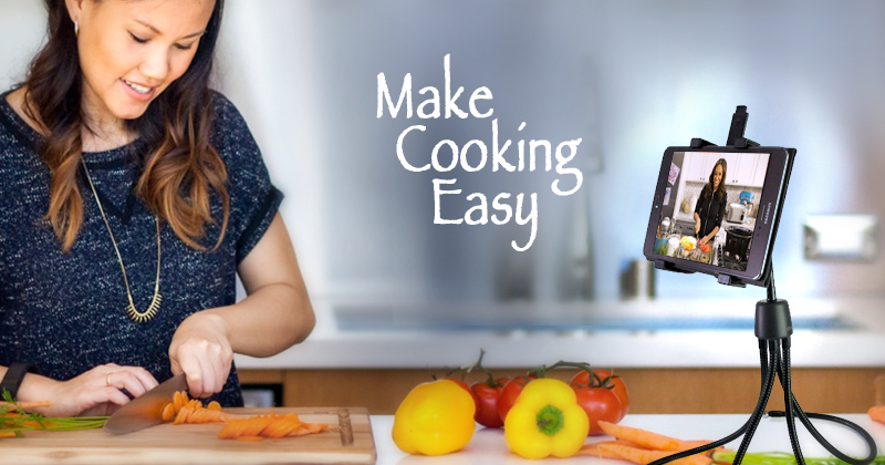 Fourflexx tablet stand makes cooking easy
