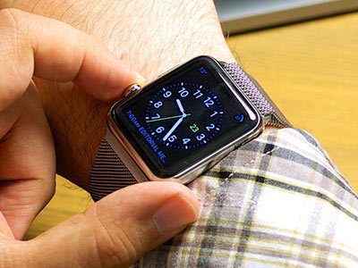 Apple Watch Trick: Set Up Your Apple Watch on Your Right Hand