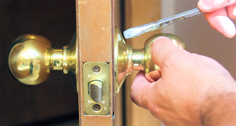 home security tip: tighten your doors
